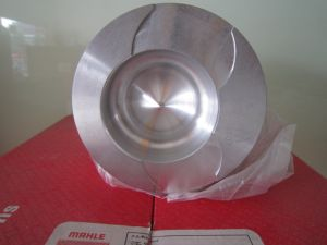 Mahle Piston for Cummins Excavator Engine 6CT (300HP) pictures & photos