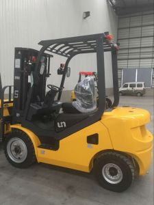3 Ton Chinese Xinchai A498 Engine Diesel Forklift pictures & photos