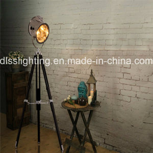 Vintage Wood&Steel Tripod Standing Floor Lamp for Interior Decoration pictures & photos