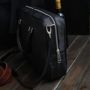 High Quality China Wholesale Hot Sales Wholesale Shoulder Bags for Men Sling pictures & photos