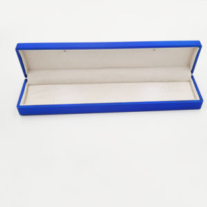 LED Light Gift Jewelry Jewelry Box for Bracelet (J107-D) pictures & photos