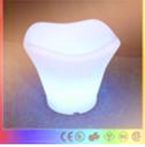 Mondern Bar Use Glowing LED Plastic Ice Bucket pictures & photos