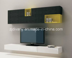Italian Style Wood Cabinet Living Room Wooden Wall Cabinet (SM-TV07) pictures & photos