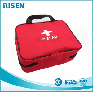 Emergency Travel First Aid Bag/Auto First Aid Kit pictures & photos