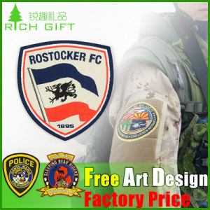 Wholesale Custom No Minimum Embroidered Patche Badge for Clothing pictures & photos
