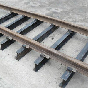 Best Selling High Quality 18kg-30kg Light Steel Rail for Industry pictures & photos