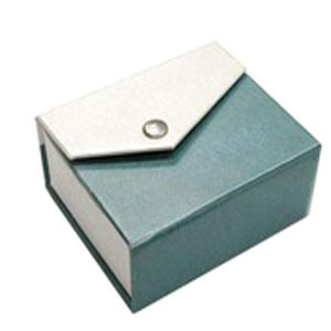 Elegant Design of Cardboard Paper Gift Packing Box with Button