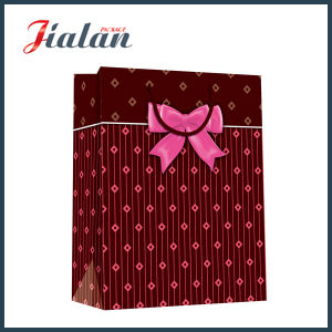 Matte Lamination Wholesales PP Rope Cheap Customize Printed Paper Bag pictures & photos