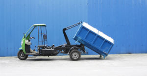 Three Wheeled Sanitation Trucks with Pick up Function pictures & photos