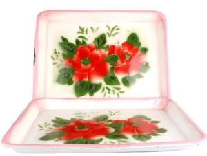 Beautiful and Useful Enamel Square Plate Wholesale pictures & photos