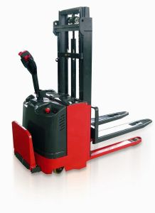 Mima Electric Pallet Stacker with Fork Leg Lifted pictures & photos