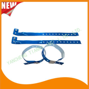 Entertainment Custom Plastic Vinyl Festival Evens ID Bracelets Wristbands (E60711) pictures & photos