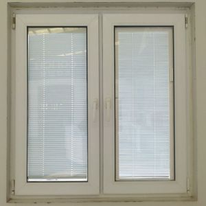 Conch 65 Plastic Casement Window with Louver (TS-1126) pictures & photos