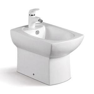Cheap One Piece White Ceramic Bathroom Women Toilet Bidet pictures & photos