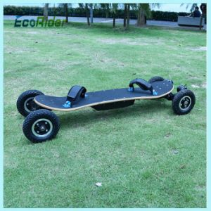 2000W Brushless Motor off Road Electric Skateboard with Ce Certification pictures & photos