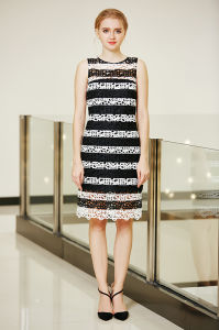 Black and White MIDI Shift Lace Dress pictures & photos