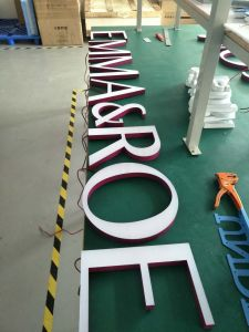 Solid Acrylic Letter Front Illuminated 3D LED Letters Sign pictures & photos
