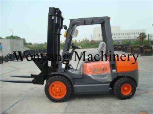 China Forklift Attachment 3ton Diesel Forklift Truck with Sanitation Fork pictures & photos