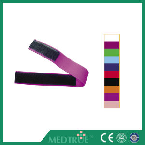 Ce/ISO Approved Hot Sale Medical Magic Tape Tourniquet (MT01048341-8350) pictures & photos