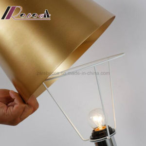 New Design Decorative Metal Table Lamp for Hotel pictures & photos