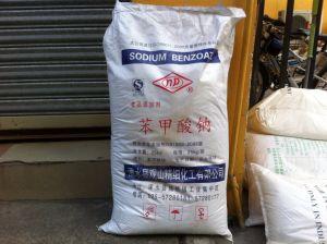 Sodium Benzoate/Natrium Benzoicum pictures & photos