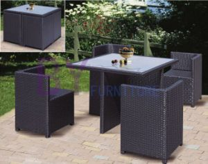 Simple PE Rattan Furniture with Square Table and Four Chairs pictures & photos