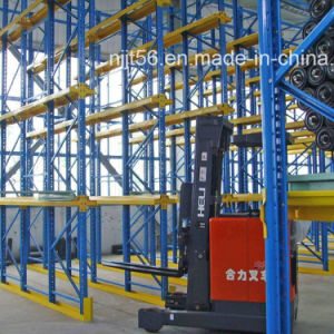 Heavy Duty Drive-in Pallet Rack for Warehouse Display Racking pictures & photos