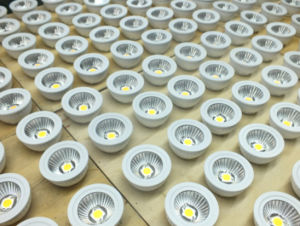 12V MR16 5W LED Spotlight pictures & photos