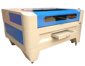 Laser Cutting Machine with 100W Laser Tube pictures & photos