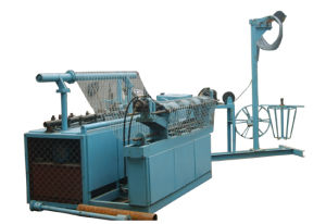 Full Automatic Chain Link Fence Machine (TYC-049) pictures & photos