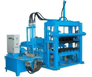 Hydraulic Concrete Solid Brick Making Machine (QTY3000) pictures & photos