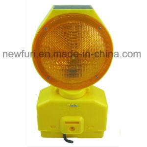 Brightness Solar LED Traffic Barricade Light pictures & photos