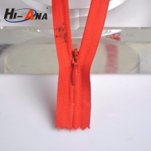 Simplified Sourcing at Competitive Prices Ningbo Instant Zipper pictures & photos