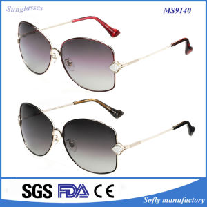 Best Fashion Europe /American Style Sunglasses for Woman pictures & photos
