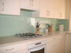 Painted or Silk Screen Printing Kitchen Splashback Glass with AS/NZS2208: 1996 pictures & photos