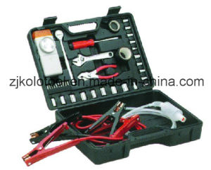 Car Emergency Kit, Auto Hand Repair Tool Set pictures & photos