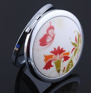 Epoxy Design High Quality Europe Standard 7cm Diameter Makeup Mirror pictures & photos