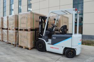 1.5t Electric Forklift Truck with Battery on Sale pictures & photos