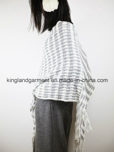 Acrylic Fashion Lady Winter Warm White/Gray Striped Fringed Knitted Cloak pictures & photos