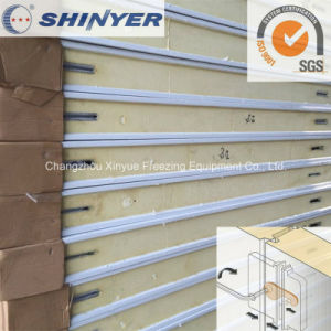 180mm Polyurethane PU Sandwich Panel with 0.376mm Color Steel Plate pictures & photos