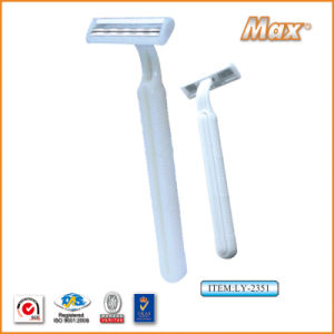 Twin Stainless Steel Blade Disposable Razor Fro Man (LY-2351) pictures & photos