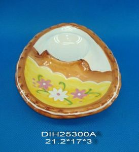 Hand-Painted Ceramic Egg Holder for Easter Decoration pictures & photos