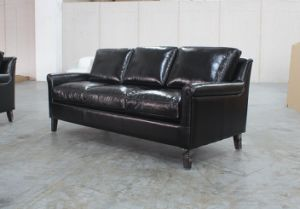 Top Grain Black Leather Three Seat Chesterfield Sofa pictures & photos