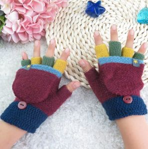 Wholesale Winter New Knitted Warm Children Fingerless Gloves with Clamshell Gloves pictures & photos