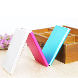 Portable Power Bank 4000mAh Rechargeable Battery for Mobile Phone pictures & photos