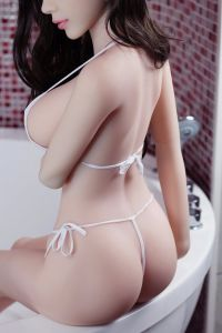 Big Butts Chinese Dolls for Lesbian Mature Half Body Silicone Sex Doll Artificial Sex Toys Product for Men pictures & photos