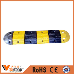Wholesale Black with Yellow Economical Rubber Speed Bump for Sale pictures & photos