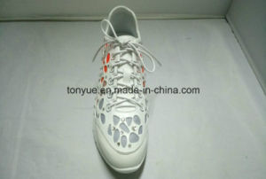 Lady Drop Rubber Sneaker Shoes with Falt Surface Rubber Outsole pictures & photos