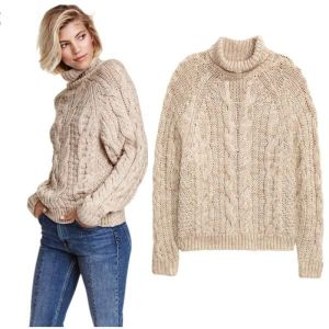 China Supplier Handmade Hand Knit Wool Sweater Coat Cardigan Dress pictures & photos