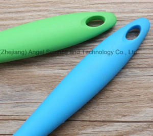 Non-Stick Silicone Kitchen Spoon for Soup Cooking Sk15 pictures & photos